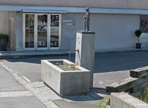 Brunnen Untere Rigigasse - 1972 - Eigentum der WKG